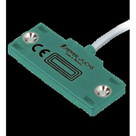 CBN10-F46-E2-10M  Kübik Plastik Gövde, PNP NO 10mm Algılama, 10m Kablolu, Çıkıntılı Montaj, Kapasitif Sensör
